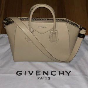 "Givenchy ""Antinoga Bag"""